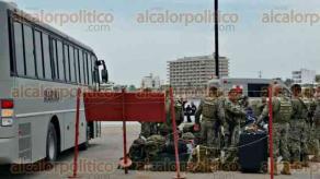 Veracruz, Ver., 27 de julio de 2017.- SEMAR reforzó la seguridad previo a la vista del presidente Enrique Peñá Nieto a la entidad veracruzana, con más elementos que llegaron en los buques