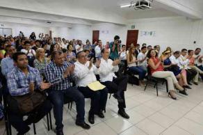 Boca del Río, Ver., 17 de agosto de 2017.- La comunidad de la Facultad de Administración de la región Veracruz-Boca del Río, celebró el inicio de la Licenciatura en Logística Internacional y Aduanas.