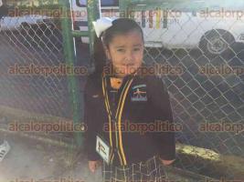 Xalapa, Ver., 21 de agosto de 2017.- Desde temprana hora, alumnos de distintos niveles escolares regresaron a clases después de las vacaciones.