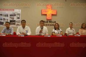 Veracruz, Ver., 23 de agosto de 2017.- El Consejo Administrativo de la Cruz Roja Delegación Veracruz, entregó medicamentos a los DIF de Boca del Río, Veracruz, Medellín, Manlio Fabio Altamirano y Soledad de Doblado.