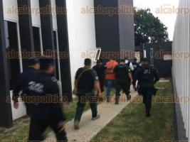 Coatepec, Ver., 22 de septiembre de 2017.- Minutos después de las 19:00 horas, escoltado por elementos de la Secretaría de Seguridad Pública, José