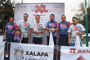 Xalapa, Ver., 24 de septiembre de 2017.- Con una gran participación de corredores se vivió la tercera edición