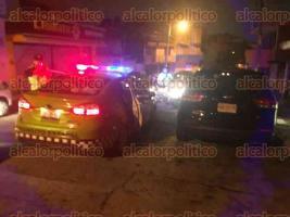 Xalapa, Ver., 24 de septiembre de 2017.- Durante el operativo de alcoholimetría de la madrugada de este domingo sobre la avenida Maestros Veracruzanos, el conductor de una camioneta KIA trató de evadir el filtro.