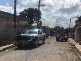 Veracruz, Ver., 20 de octubre de 2017.- La tarde de este viernes un joven se opuso a un asalto en la calle Fausto P. Martínez, por lo que sus agresores le dispararon; fue canalizado al Hospital Regional de Veracruz.