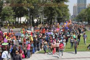 Ciudad de México, 21 de octubre de 2017.- XI Desfile de Alebrijes Monumentales del Museo de Arte Popular. Música, danza y folclor fue la alegría y disfrute de miles de espectadores.