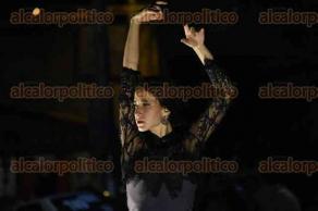 """Xalapa, Ver., 16 de noviembre de 2017.- En el marco del Día Internacional del Flamenco, la noche de este jueves la Academia de Baile """"La Roja"""" ofreció una presentación estelar en el Jardín de la Iniciativa Municipal de Arte y Cultura (IMAC)."""