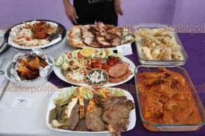 """Banderilla, Ver., 17 de noviembre de 2017.- El alcalde Esteban Acosta Lagunes lanza la campaña """"Bueno y Bonito Banderilla"""", basada en la gastronomía típica del municipio para impulsar el turismo."""