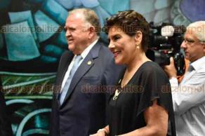 Xalapa, Ver., 17 de noviembre de 2017.- Esta mañana, el Magistrado Presidente del Tribunal de Justicia del Estado, Edel Álvarez Peña presentó su Primer Informe de Labores.