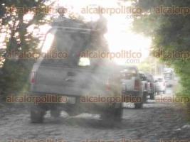 """Tihuatlán, Ver., 18 de noviembre de 2017.- La PGR decidió prolongar por 48 horas la búsqueda de restos en el rancho que ya se considera """"zona de exterminio"""""""