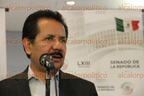 Ciudad de México, 21 de noviembre de 2017.- El coordinador del PRD, Luis Sánchez, indicó la importancia de la Ley General de Propaganda Gubernamental y su pronta aprobación para regular el uso de recursos en medios de comunicación y publicidad.