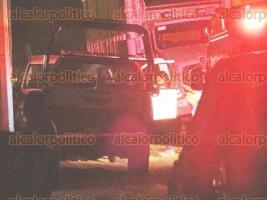 Banderilla, Ver., 24 de noviembre de 2017.- Intensa movilización policiaca se registró la noche de este viernes en La Haciendita luego de la ejecución de cinco personas, entre éstas el Alcalde de Ixhuatlán de Madero y su esposa.