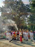 Papantla, Ver., 14 de diciembre de 2017.- Este jueves, El Tajín celebró el XXV Aniversario de su Declaratoria como Patrimonio Cultural de la Humanidad; por lo se presentaron ponencias y hubo un acto protocolario al que asistieron prestadores de servicios, autoridades del INAH y el Consejo de Ancianos.