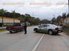 Xalapa, Ver., 16 de enero de 2018.- Comienza a tener presencia policial el módulo de seguridad ubicado sobre la carretera Xalapa-Coatepec, uno de los retenes que anunció el secretario de Seguridad Pública, Jaime Téllez Marié.