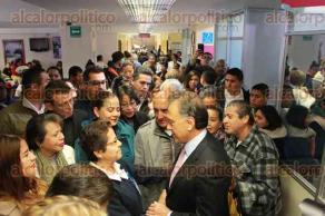 Xalapa, Ver., 18 de enero de 2018.- El gobernador Miguel Ángel Yunes Linares, acompañado por el secretario de Salud, Irán Suárez y la directora, Norma Patricia López, recorrieron el Hospital Civil, que se rehabilita.