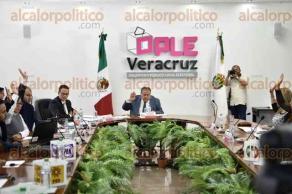 Xalapa, Ver., 22 de enero de 2018.- Sesión extraordinaria del Consejo General del OPLE, en el que se discutieron 4 puntos de proyecto de la orden del día.