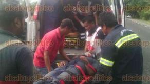 Tierra Blanca, Ver., 23 de enero de 2018.- La tarde de este martes se registró un accidente automovilístico sobre la autopista Cosamaloapan-La Tinaja, cerca de la localidad Barahúnda. Una persona murió y ocho resultaron lesionadas.