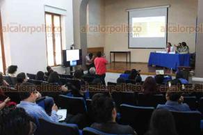 Xalapa, Ver., 22 de febrero de 2018.- Con la participación de Mayra Ledesma y Zulma Amador, la doctora Rosío Córdova Plaza presentó los resultados del proyecto
