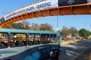 Xalapa, Ver., 25 de febrero de 2018.- El gobernador Miguel Ángel Yunes Linares inauguró la reconstrucción de la carretera Xalapa-Coatepec con concreto hidráulico con una inversión de 135 millones de pesos beneficiando a 987 mil personas, con la presencia de alcaldes de Cosautlán, Coatepec y Teocelo.