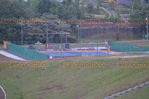 Xalapa, Ver., 18 de abril de 2018.- La tarde de este miércoles, en la Universidad Anáhuac, el gobernador Miguel Ángel Yunes Linares inauguró el Complejo Deportivo