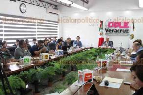 Xalapa, Ver., 20 de abril de 2018.- En Sesión Especial, el Consejo General del Organismo Público Local Electoral aprobó el registro de las candidaturas a las Diputaciones locales por mayoría relativa y plurinominales.