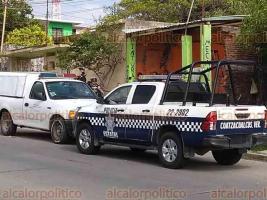 Coatzacoalcos, Ver., 20 de abril de 2018.- Huyeron sujetos que asesinaron a un hombre en local de hojalatería, en calle Flores Magón, colonia Benito Juárez.