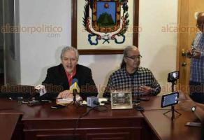 Xalapa, Ver., 23 de abril de 2018.- Durante rueda de prensa el alcalde Hipólito Rodríguez Herrero anunció que el rango de edad para personas que desean entrar a la Policía Municipal se amplió de los 30 a los 35 años de edad.