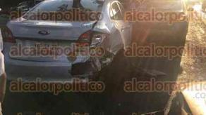 Xalapa, Ver., 21 de mayo de 2018.- La tarde de este lunes se registró un choque múltiple sobre la avenida Lázaro Cárdenas, con dirección a Banderilla, a la altura de Plaza Ánimas; acudieron paramédicos.