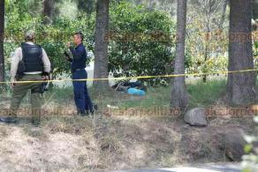 Emiliano Zapata, Ver., 23 de mayo de 2018.- El hallazgo de un cadáver en el área verde cercana al 63 Batallón de Infantería de El Lencero, provocó la movilización de policías, el mediodía de este miércoles.