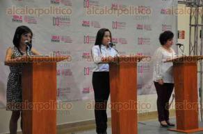Xalapa, Ver., 21 de junio de 2018.- Las candidatas por la diputaci�n local por el distrito Xalapa Urbano, Rosalinda Galindo (Juntos haremos historia), Ang�lica Cristiani (PANAL) y Belinda Yamileth Grajales (Por Veracruz al frente), participaron en debate organizado por el OPLE.