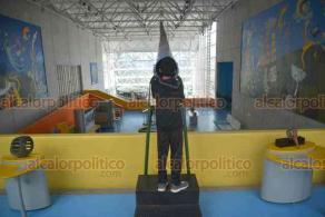 Xalapa, Ver., 14 de julio de 2018.- Luego de que parte de su acervo fue embargado por el SAT, ahora el Museo Interactivo de Xalapa tambi�n se qued� sin gu�as, pues fueron despedidos sin previo aviso por la Secretar�a de Turismo.