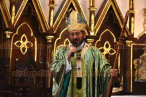 Xalapa, Ver., 19 de agosto de 2018.- Como cada domingo, el arzobispo Hipólito Reyes Larios ofició la misa en la Catedral de esta ciudad.