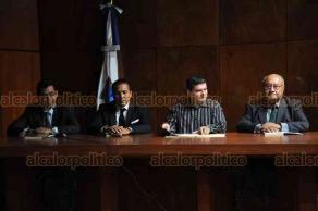 """Xalapa, Ver., 19 de septiembre de 2018.- En el Aula Magna de la Facultad de Derecho de la UV se presentó el libro """"Compendio de Derecho Procesal Administrativo"""