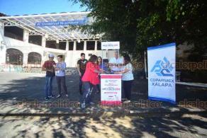 Xalapa, Ver., 22 de septiembre de 2018.- Instaló COPARMEX módulo de recolección de firmas para la Reforma 102, que busca que se tome en cuenta a la ciudadanía para la creación de una Fiscalía General de la República.