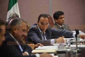 Xalapa, Ver., 25 de septiembre de 2018.- Tras dos semanas desde la última sesión, este martes se reunió la Diputación Permanente del Congreso del Estado, cuya actual Legislatura se encuentra en receso.