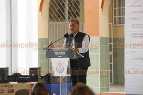 Veracruz, Ver., 17 de octubre de 2018.- El gobernador Miguel Ángel Yunes Linares, visitó la escuela