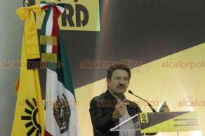 Ciudad de México, 20 de octubre de 2018.- El presidente del PRD, Manuel Granados, encabezó el IX Consejo Nacional del 16o Pleno Extraordinario para una renovación del partido y para organizarse para hacer frente a la nueva administración federal.