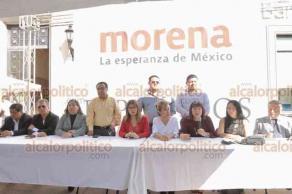 Xalapa, Ver., 22 de octubre de 2018.- Diputados federales de MORENA hicieron un llamado a la población para participar en la dinámica de consulta ciudadana del 24 al 28 de octubre, con la finalidad de conocer si avalan la construcción del aeropuerto de Texcoco.