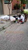 Boca del Río, Ver., 22 de octubre de 2018.- En calles de la colonia Ejido Primero de Mayo un joven murió a causa de una descarga eléctrica y cayó de un segundo piso, estaba pintando con un rodillo y tocó cables.