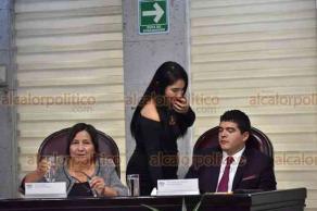 Xalapa, Ver., 22 de octubre de 2018.- Durante la sesión de la Diputación Permanente, en el Congreso local, el grupo de MORENA hizo un exhorto para que el Gobierno del Estado garantice pago de prestaciones y otros compromisos, en diciembre.
