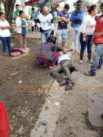 Veracruz, Ver., 15 de noviembre de 2018.- En calles del fraccionamiento Palma Real, en un robo con violencia resultaron heridas de bala dos personas, acudieron Policía Naval y Estatal.