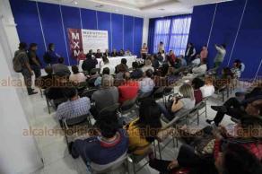 Xalapa, Ver., 21 de noviembre de 2018.- Docentes pertenecientes a la Asociación
