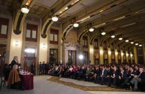Ciudad de México, 12 de diciembre de 2018.- En Palacio Nacional, el presidente Andrés Manuel López Obrador se reunió con los senadores y diputados federales para abordar temas de interés nacional.