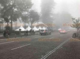 Xalapa, Ver., 14 de diciembre de 2018.- Así luce la capital del estado y municipios aledaños, con una de las neblinas más densas por la entrada del frente frío número 17.