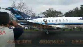 Córdoba, Ver., 17 de diciembre de 2018.- Poco antes de las 16 horas, la avioneta del empresario cafetalero Domingo Muguira pudo despegar de la aeropista