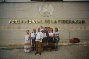 Xalapa, Ver., 17 de enero de 2018.- Integrantes del Consejo Consultivo Indígena interponen amparo ante el Poder Judicial para exigir presupuesto de 2 mil 500 mdp, para este 2019.