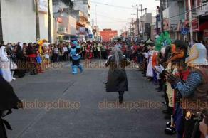 Minatitlán, Ver., 18 de enero de 2019.- Fiesta anual en honor al Dulce Nombre de Jesús, organizada por la sociedad chilapeña que radica en Minatitlán, donde integrantes danzan con disfraces por calles del municipio.