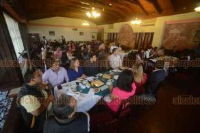 Xalapa, Ver., 19 de enero de 2019.- Entrega de reconocimientos a patrocinadores que participaron en el evento