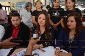 Veracruz, Ver., 19 de febrero de 2019.- En rueda de prensa, Lissethe Martínez Echeverría, presidenta de la asociación civil