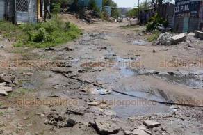 Veracruz, Ver., 22 de febrero de 2019.- Varias colonias de la ciudad y Puerto de Veracruz se encuentran abandonadas y sus habitantes viven en la irregularidad, el agua escasea hasta por 15 días.