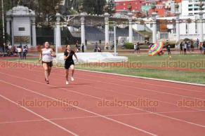 Xalapa, Ver., 23 de febrero de 2019.- Este sábado, atletas compitieron en eliminatorias de los Juegos Estatales de Educación Superior, en el Estadio de Xalapa, las competencias continuarán este domingo.